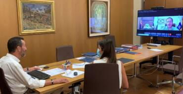 El presidente del Cabildo de  La Palma agradece al alcalde la campaña solidaria emprendida por el Ayuntamiento de Elche