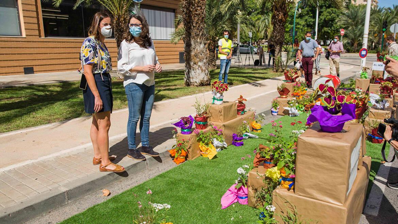 """La vicepresidenta de la Generalitat pone Elche como ejemplo de Movilidad Sostenible en la inauguración del """"Parking Day"""""""
