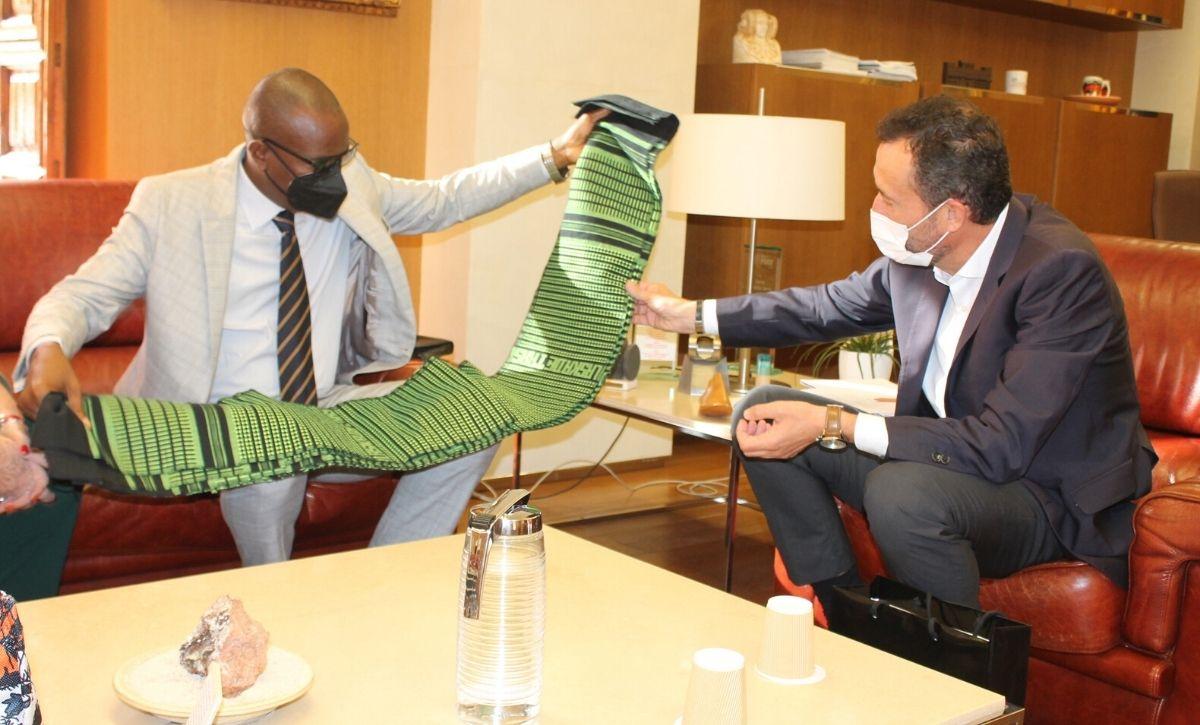 Elche se compromete a continuar trabajando por el desarrollo de Guinea-Bisáu -3