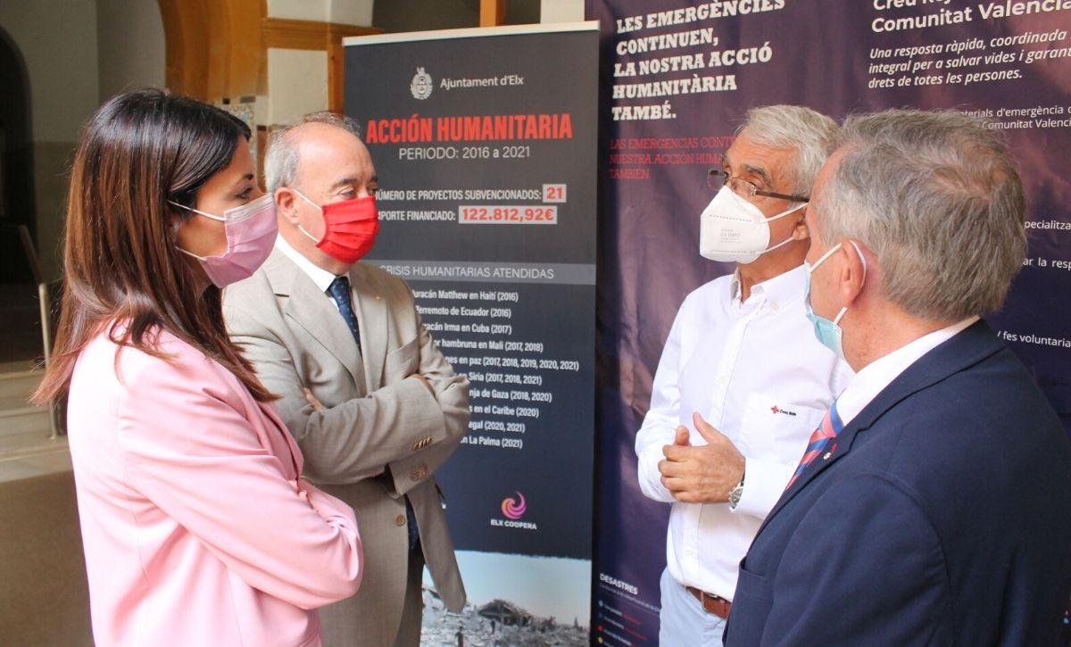 Inauguración exposición 'Acción Humanitaria' en el Centro Cultural Las Clarisas -2