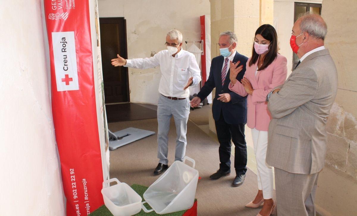 Inauguración exposición 'Acción Humanitaria' en el Centro Cultural Las Clarisas -3
