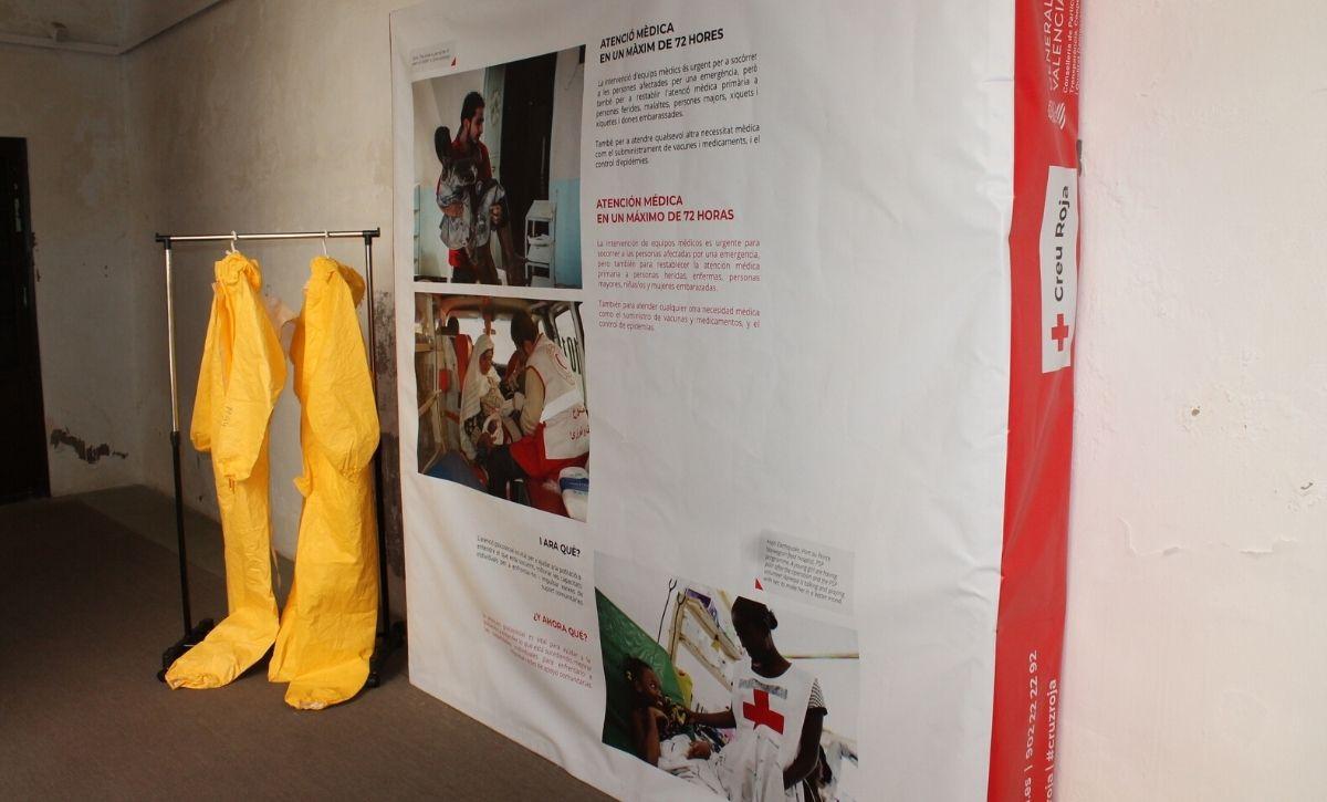 Inauguración exposición 'Acción Humanitaria' en el Centro Cultural Las Clarisas -4