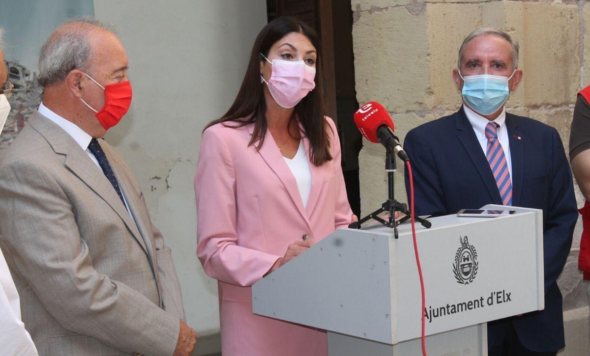 Inauguración exposición 'Acción Humanitaria' en el Centro Cultural Las Clarisas -6