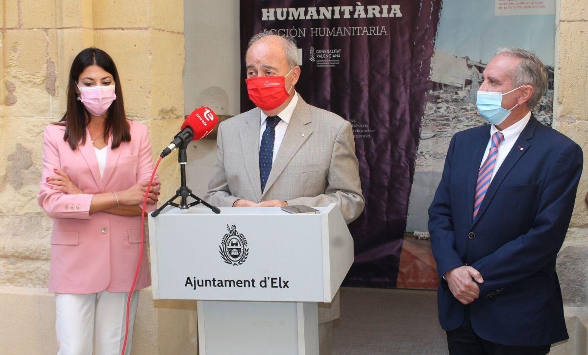 Inauguración exposición 'Acción Humanitaria' en el Centro Cultural Las Clarisas -7