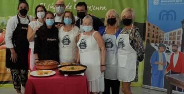 Los ganadores de Superchef Sénior Gabriela Grau, María Asunción Pomares y Carmen Bru presentan sus platos estrella en la Escuela Municipal de Hostelería