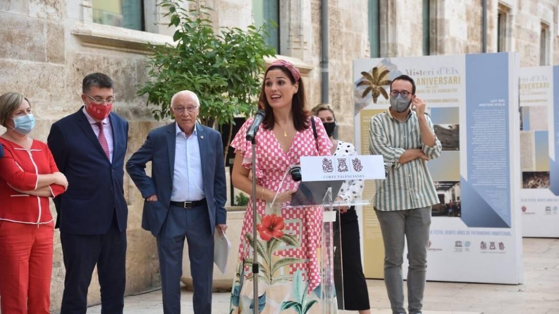 La exposición sobre el XX aniversario del Misteri como patrimonio Unesco viaja a Valencia por la festividad del 9 de Octubre
